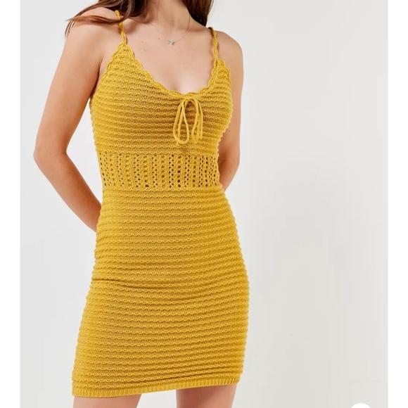 🆕 UO tie front crochet knit mini dress